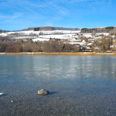 Petichet lake (Saint-Théoffrey, Auvergne-Rhône-Alpes, France)