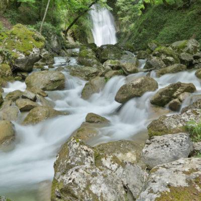 La cascade de la Gouille Michel (Montalieu, Auvergne-Rhône-Alpes, France)